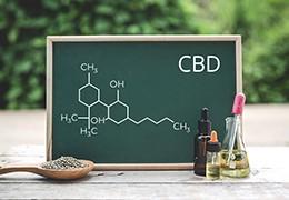 Čo je CBD, aké sú jeho pozitívne a vedľajšie účinky?